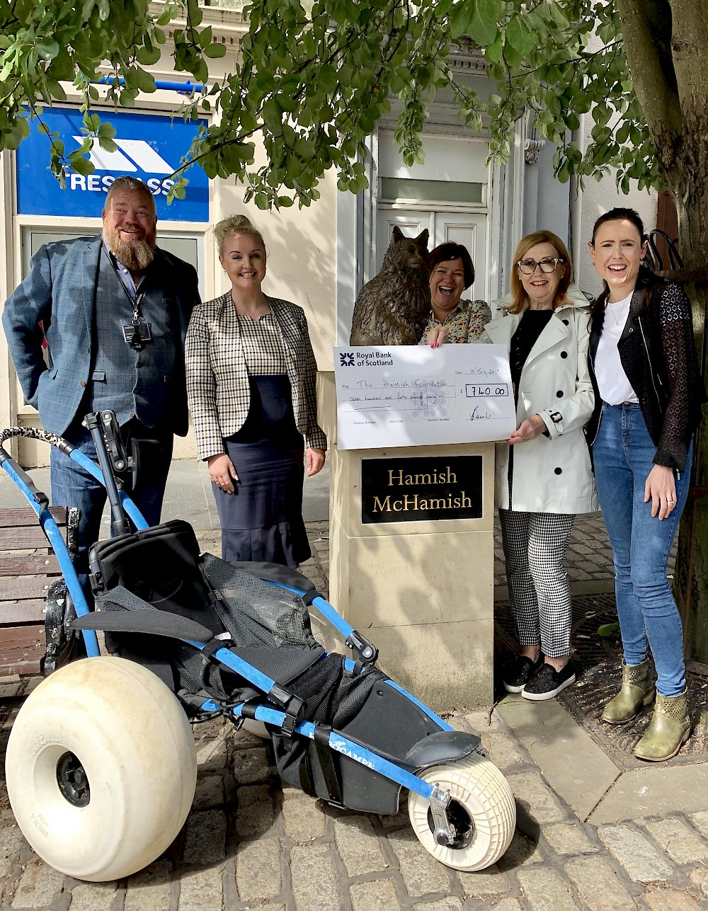 Handover over recent fundraising cheque to The Hamish Foundation. Pictured from left to right - Steve Lowrie McKay from Eden Mill, Verity Power of Hotel du Vin, Debbie MacCallum, Linda-Anne Beaulier and Jessica Spink of Tailend Restaurant